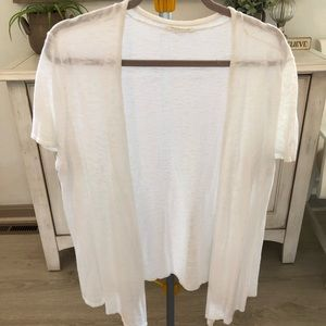 Eileen Fisher cardigan short sleeve top. Size L